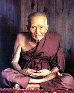 http://www.dhammathai.org/watthai/south/pic/watchanghai1.jpg